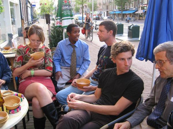 terras van Ethiopisch restaurant Addis Ababa / terrace of Ethiopian restaurant Addis Ababa